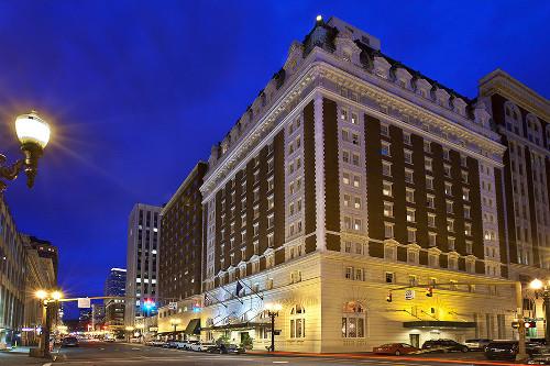the-benson-hotel-night