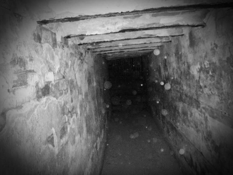 olde-candler-hospital-morgue-tunnel