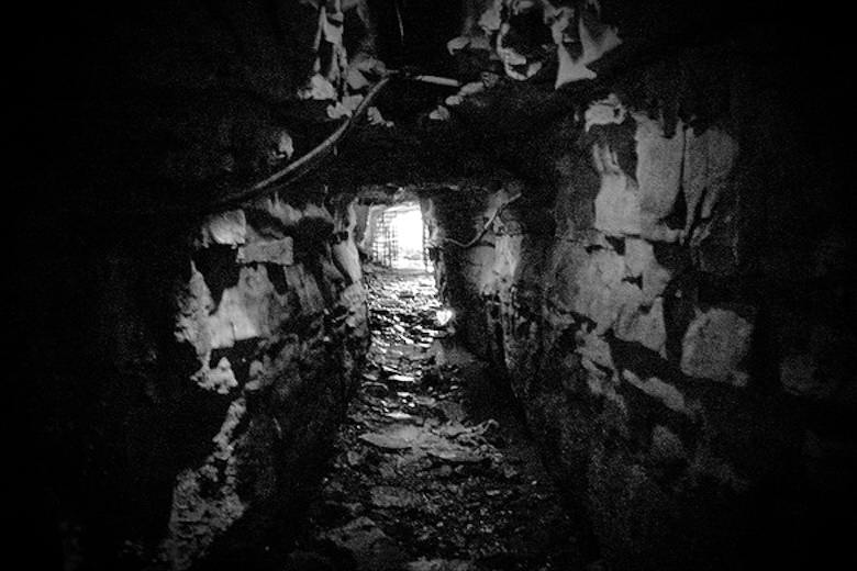 Bell Witch Cave, Adams