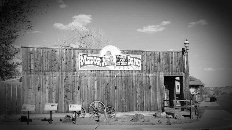 medora-fudge-ice-cream-depot-medora