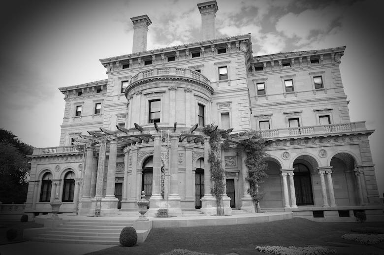 the-breakers-mansion-newport