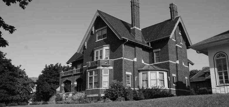 Brumder Mansion Bed & Breakfast, Milwaukee