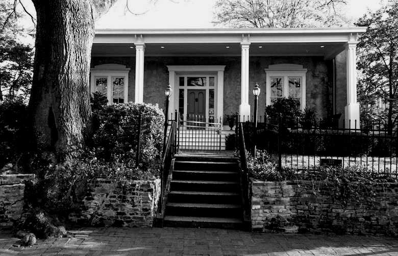 LP Grant Mansion