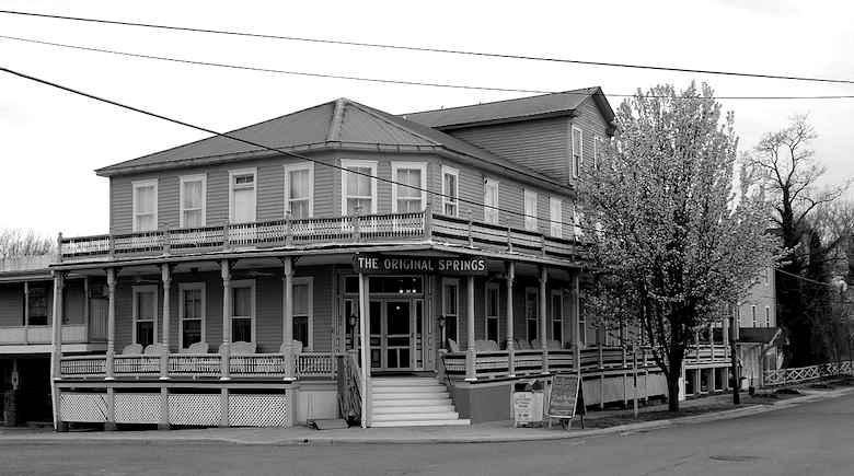 Original Springs Hotel, Okawville