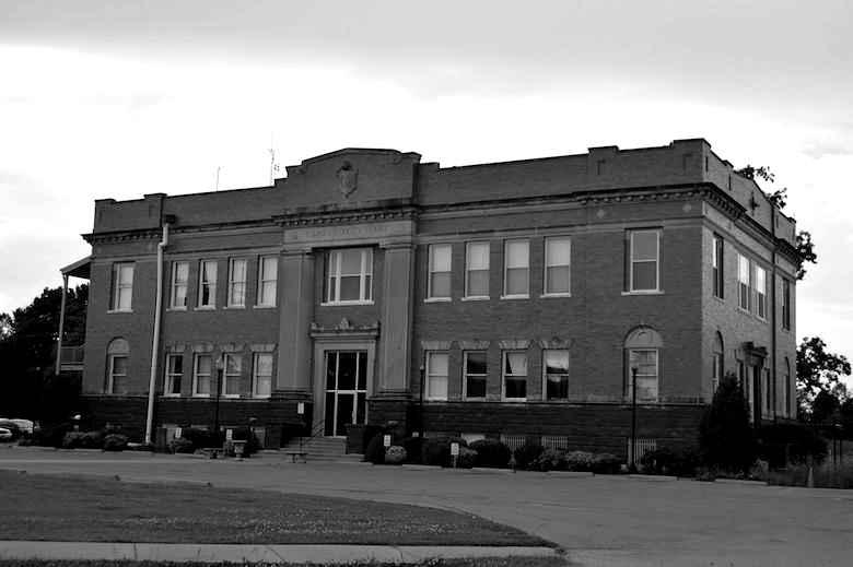 Pulaski County Courthouse, Mound City