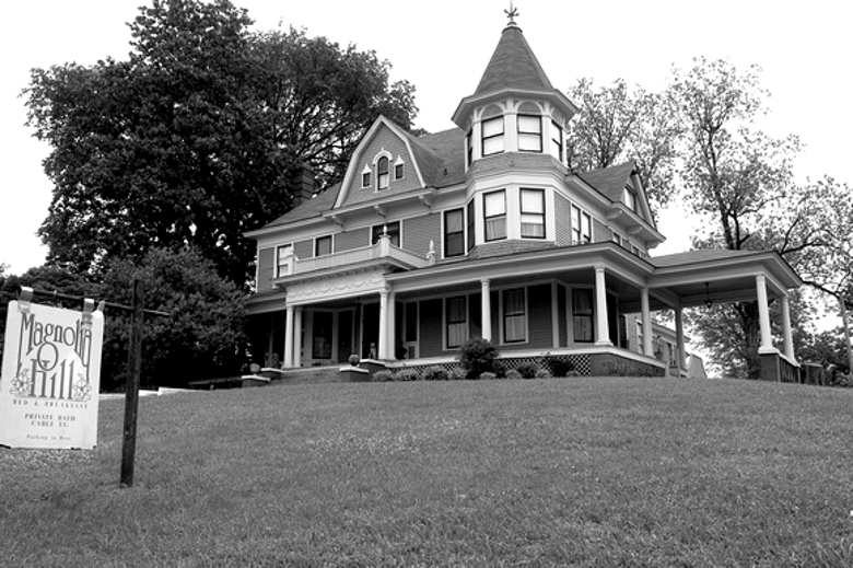 Magnolia Hill Bed & Breakfast, Helena