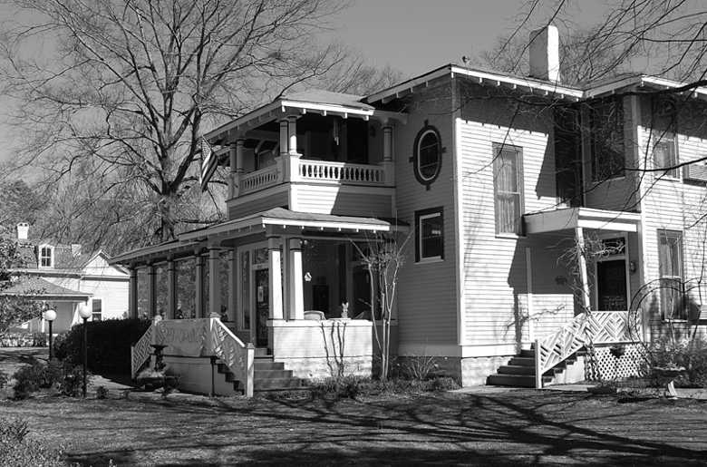 Generals' Quarters Bed & Breakfast Inn, Corinth