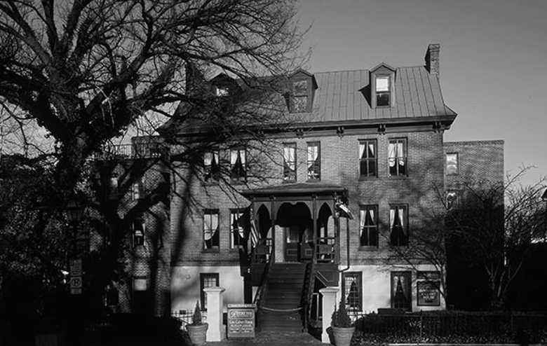 Governor Calvert House, Annapolis