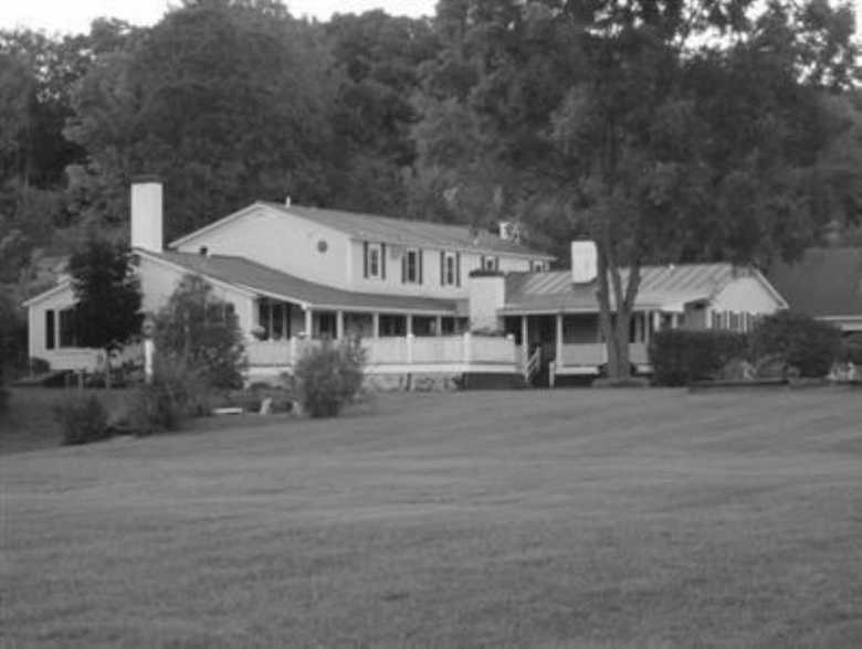 Inn at Clearwater Pond, Hartford