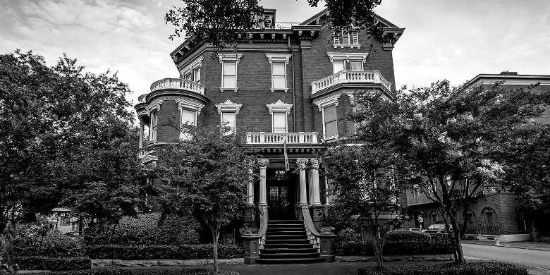 The Kehoe House Hotel Was Built In 1892 By Irishman William And Served Him His Family As A Stately Home Has Also Been Funeral