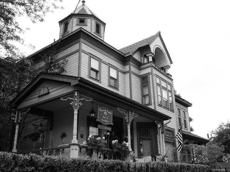 Lincoln House Bed & Breakfast, Columbus