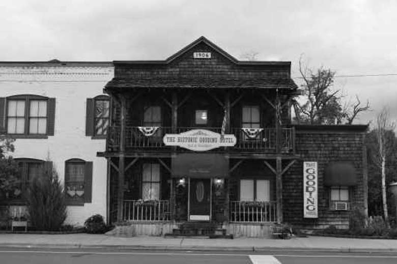 Gooding Hotel Bed And Breakfast