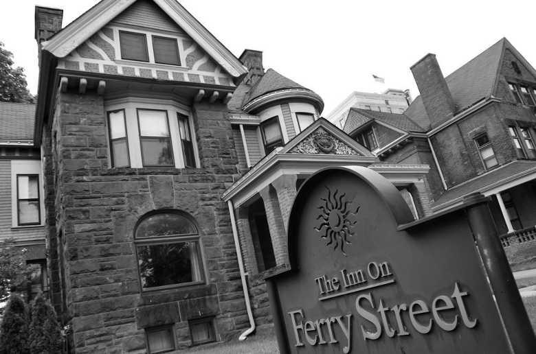 The Inn on Ferry Street, Detroit