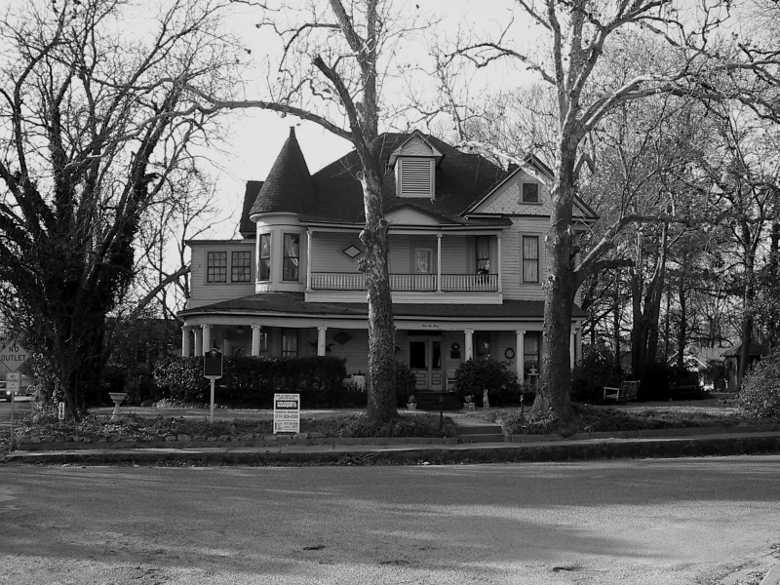 The O.P. Pyle House, Mineola