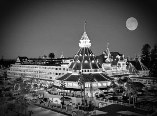 Hotel Del Coronado Outisde Night X