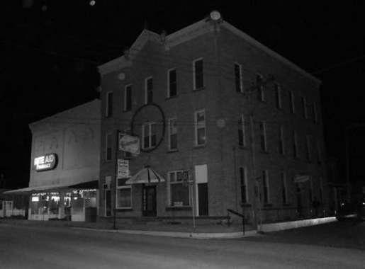 The Knickerbocker Hotel Linesville