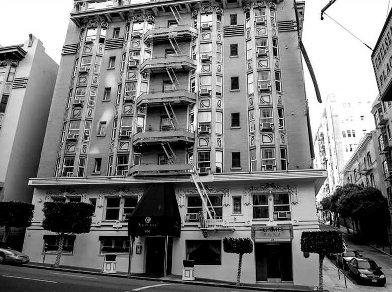 Vintage Court Hotel