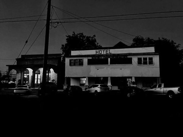 Olde Park Hotel Exterior