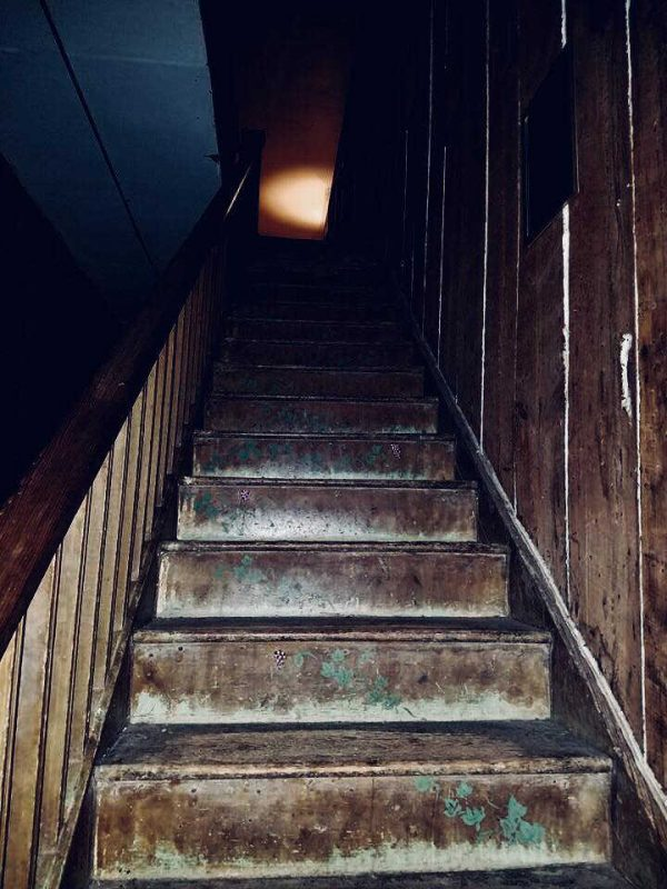 Olde Park Hotel Stairs