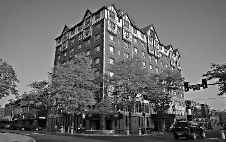 Hotel Alex Johnson, Rapid City